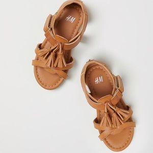 H&M Toddler Girl Tassel Sandals
